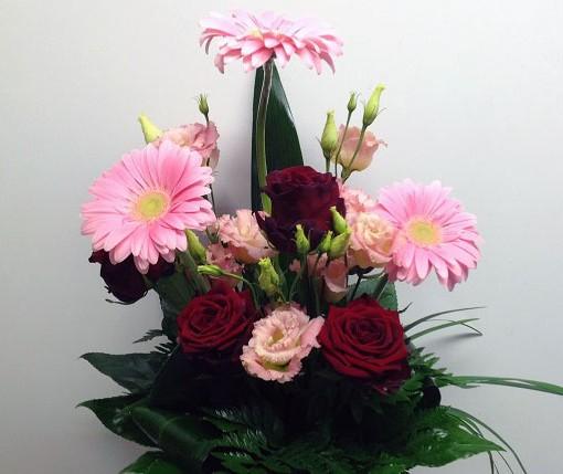 vaaleanpunainen-onnittelukimppu