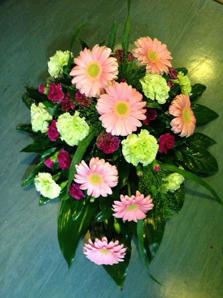 vaaleanpunainen-kukkalaite