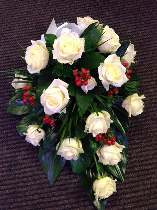 Valkoinen ruusulaite